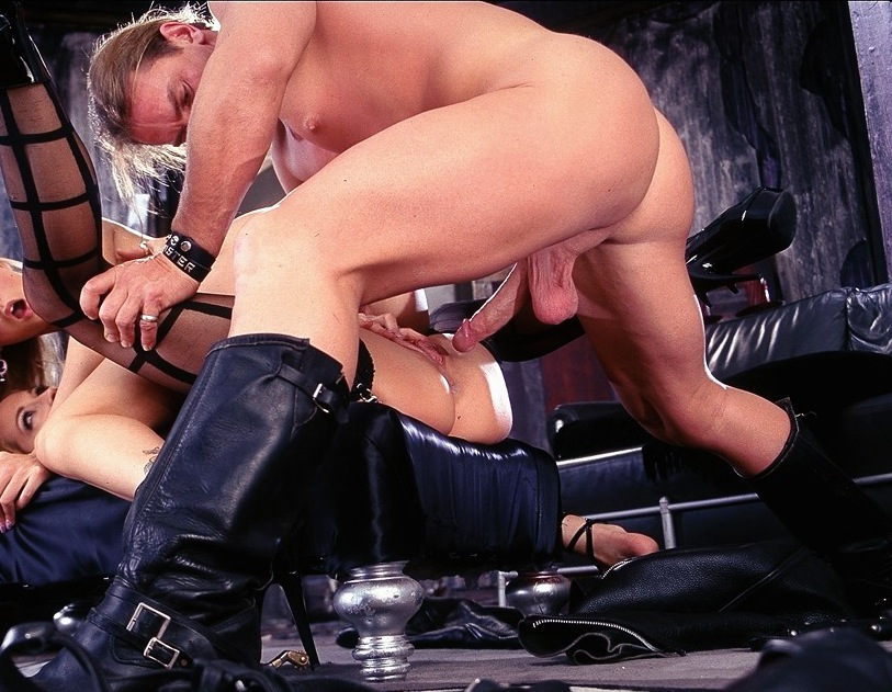 Free milf gallery gang bang